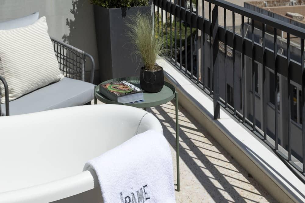 Deluxe Suite, Terrace, City View (Lucia) - Balcony