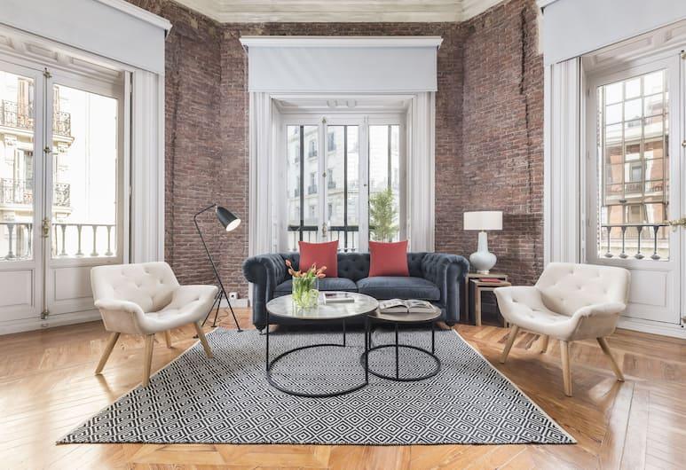 Home Club Covarrubias Apartments, Madrid, Apartment, 2Schlafzimmer (Covarrubias VII), Wohnzimmer