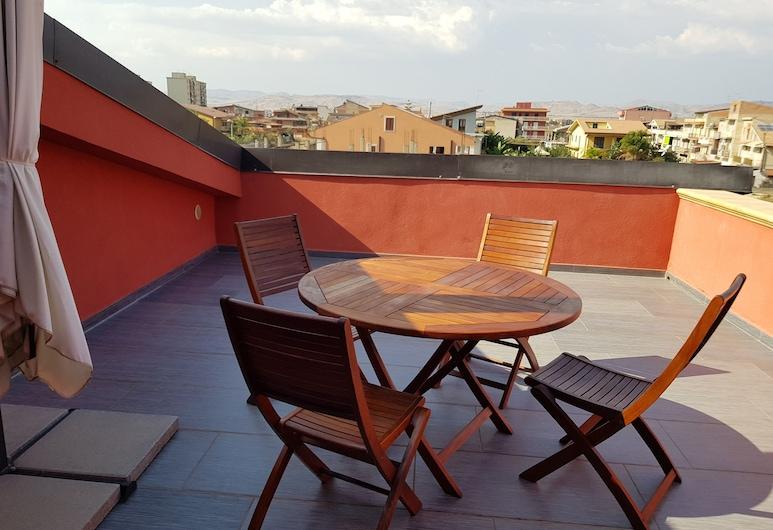 Lilium In, Gela, Terrace/Patio