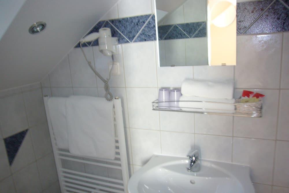 Izba typu Basic - Kúpeľňa