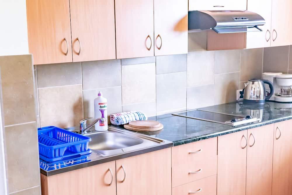 Quadruple Room - Shared kitchen