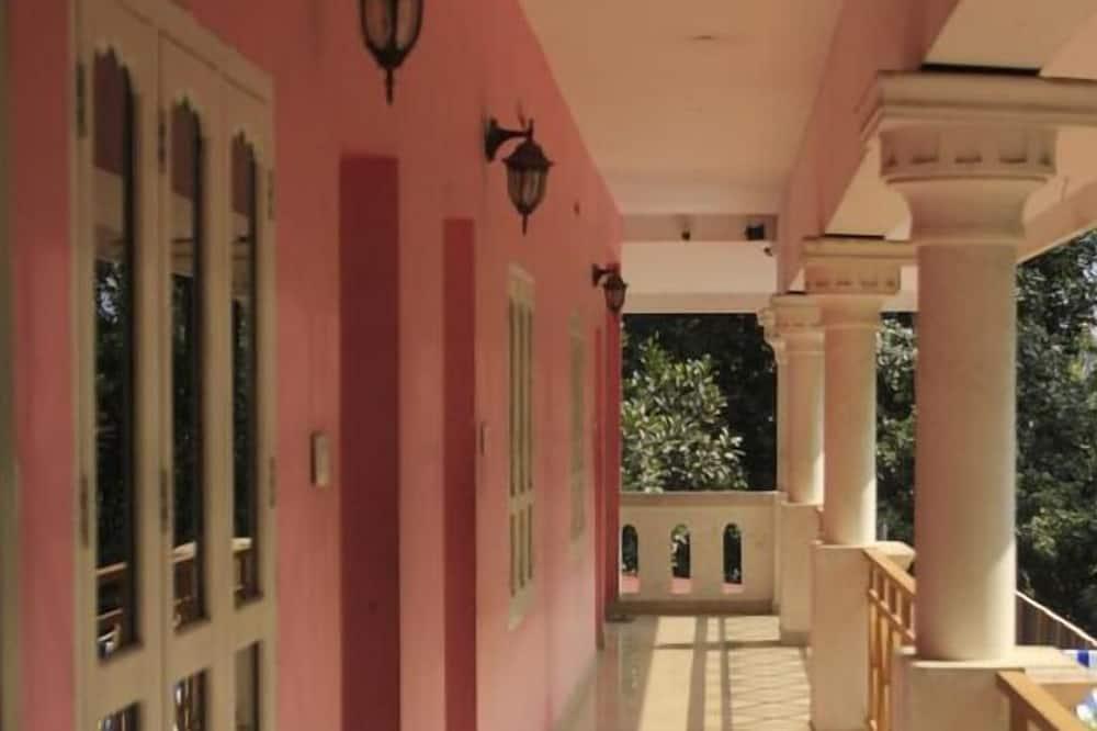 Habitación familiar, 1 cama doble, para no fumadores - Balcón