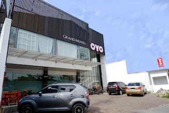 A(z) OYO 379 Grand Mundu hotel fényképe itt: Semarang