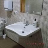 Közös hálóterem, vegyes hálóterem, közös fürdőszoba (1 bed in 9-Bed Dormitory) - Fürdőszoba