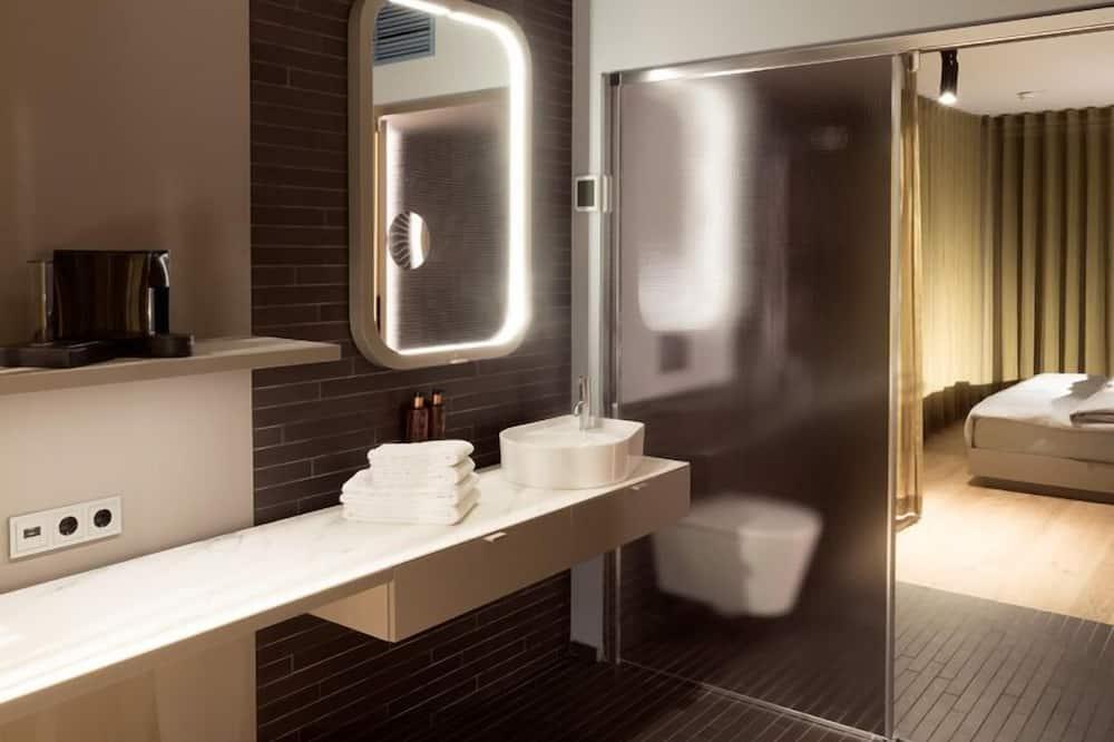 Smart Double - Bathroom