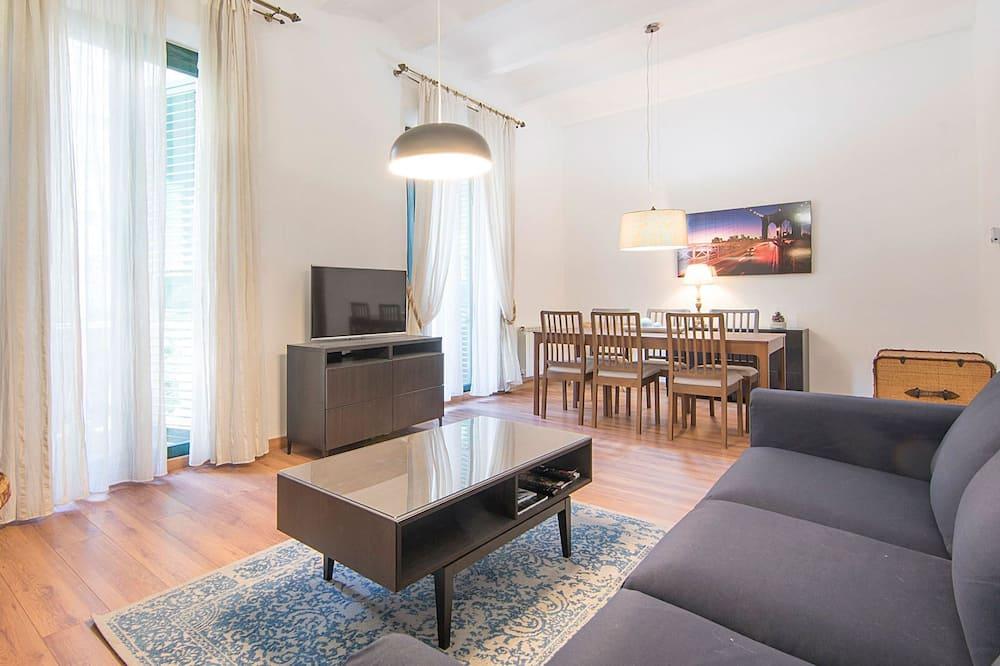 อพาร์ทเมนท์, 4 ห้องนอน - ห้องนั่งเล่น