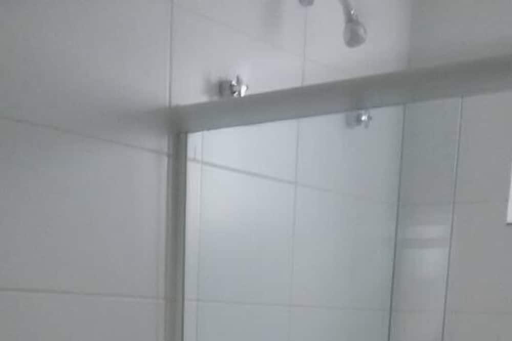 Enkeltrom, 1 dobbeltseng - Bad