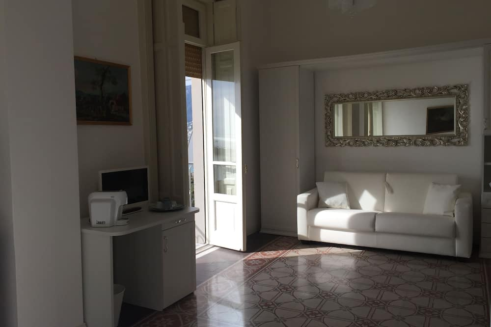 Comfort Room, Balcony, Sea View (Amalfi) - Living Area
