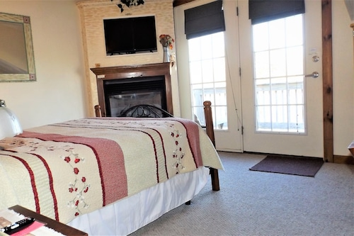 Book Stagecoach House Inn In Wyoming Hotels Com