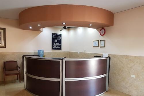 羅莫飯店/