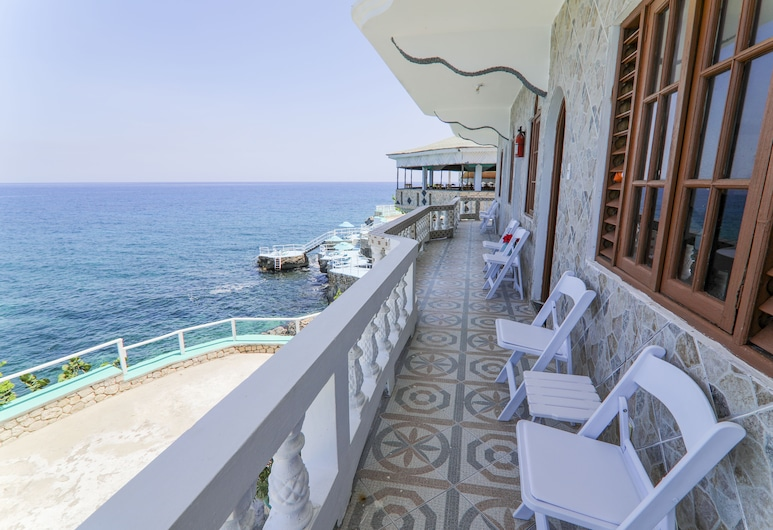 Kaiser's Hotel, Negril, Deluxe Twin Room, Non Smoking, Ocean View, Terrace/Patio