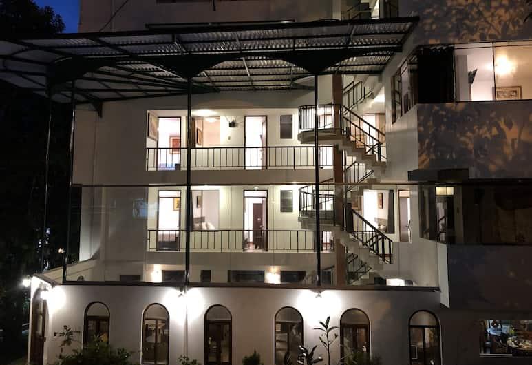 Retama Machupicchu, Machu Picchu, Voorkant hotel