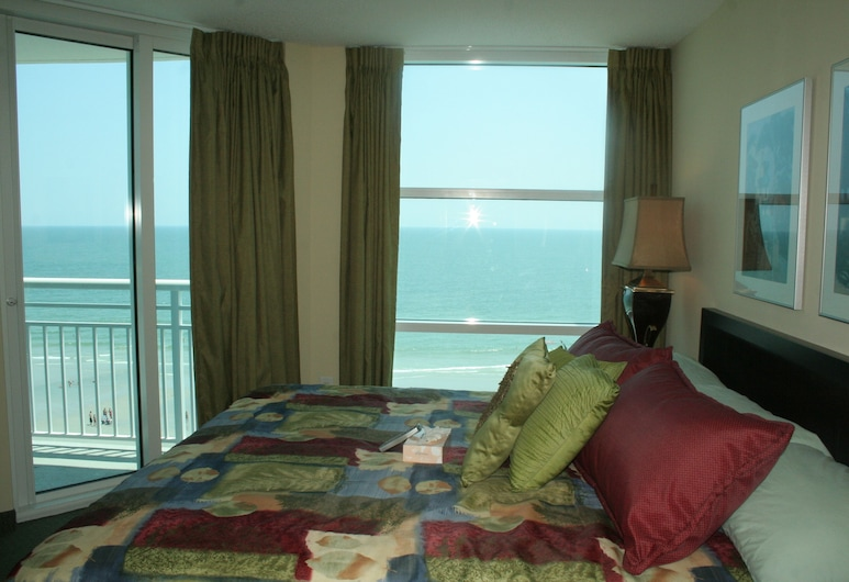 Seaside Resort by Capital Vacations, North Myrtle Beach, Standard Room, 1 King Bed, Non Smoking, Guest Room