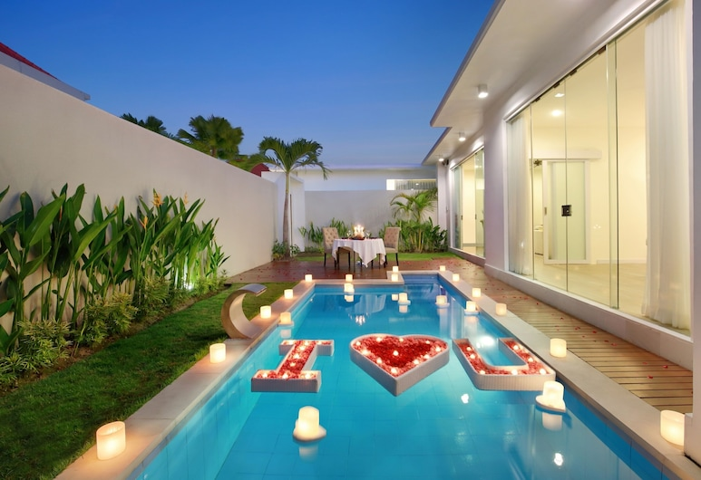 The Grand Daha A Luxury Resort and Spa, Seminyak, Piscina
