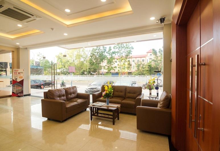 Blitz Hotel Batam Centre, Batam, Tempat Duduk di Lobi