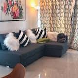 דירת יוקרה, מספר מיטות, נוף לים - אזור אוכל בחדר