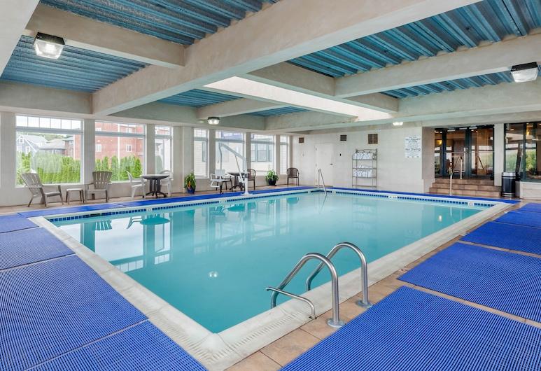 Das Atlantic Beach Hotel liegt günstig in der Nähe des Newport Easton's Beach, Middletown, Pool