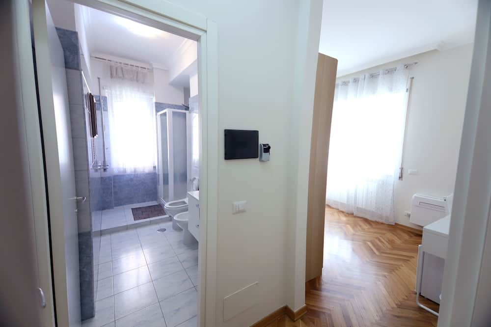 Klassieke Twin kamer, 1 slaapkamer - Badkamer