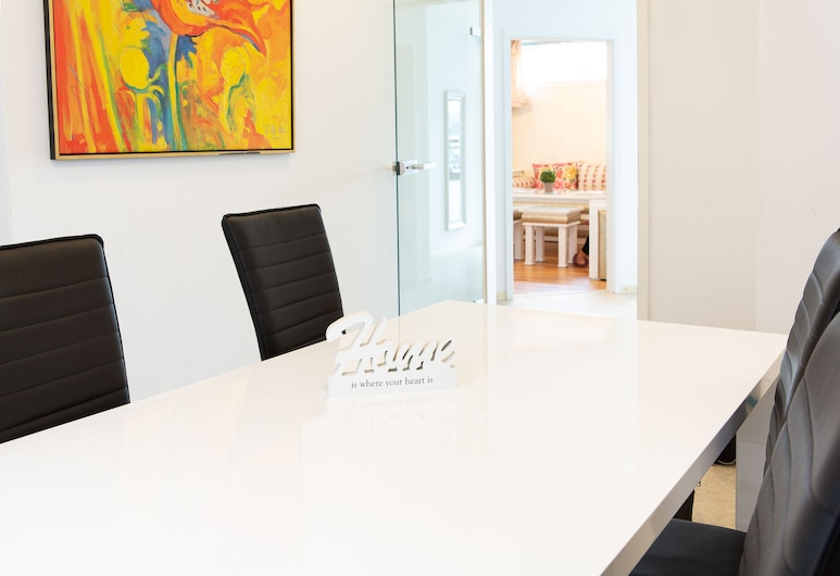 Holidayapartment Rüsselsheim, Rüsselsheim, Apartmán typu Deluxe, 3 spálne, Izba