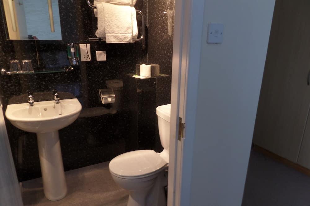 Einzelzimmer, mit Bad - Dusche im Bad