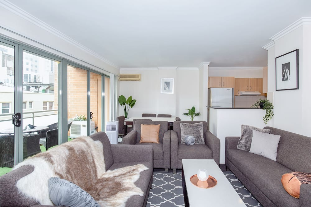 City-Penthouse, Mehrere Betten - Wohnbereich