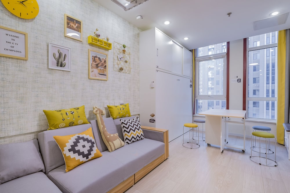 Standard Family Room(Mainland Chinese Citizen Only) - Living Area