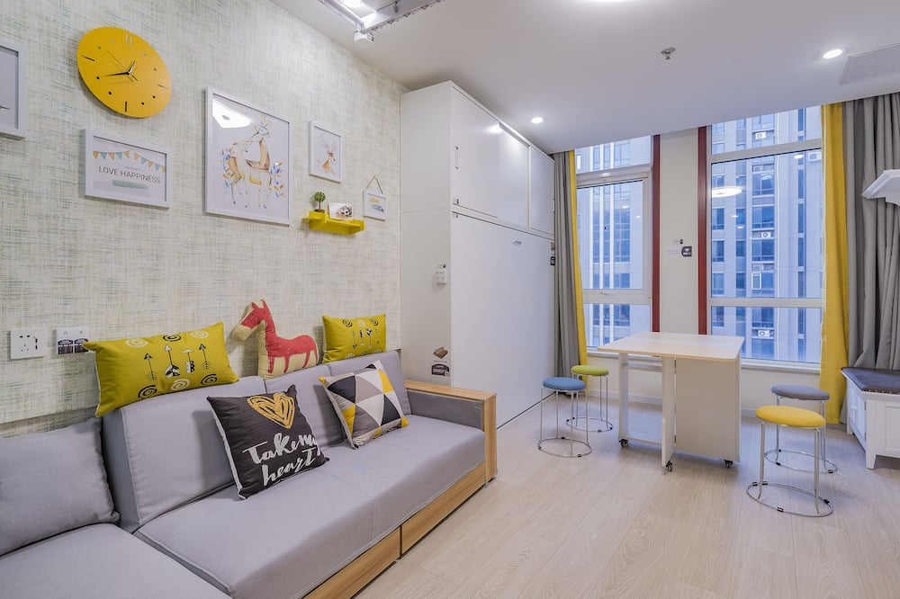 Design Quadruple Room(Mainland Chinese Citizen Only) - Living Area
