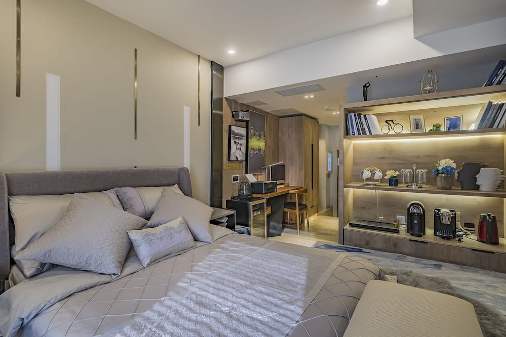 Superior Double Room(Mainland Chinese Citizen Only) - Room
