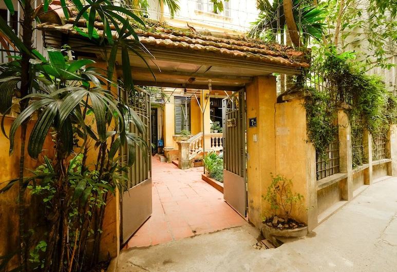 French Styled House, Hanói, Entrada do Hotel