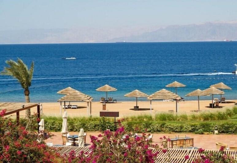 Tala Bay Resort Charming Chalet, Aqaba, Plage
