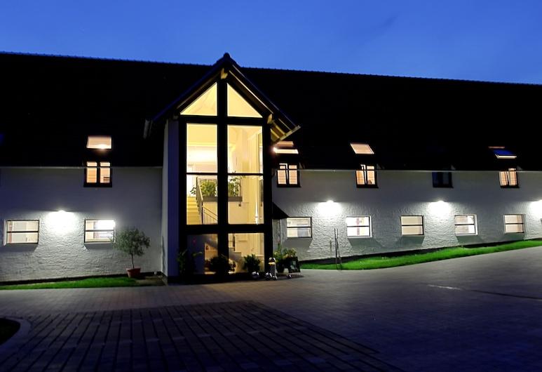 Wasmayr Hof, Altdorf, Hotel Front – Evening/Night
