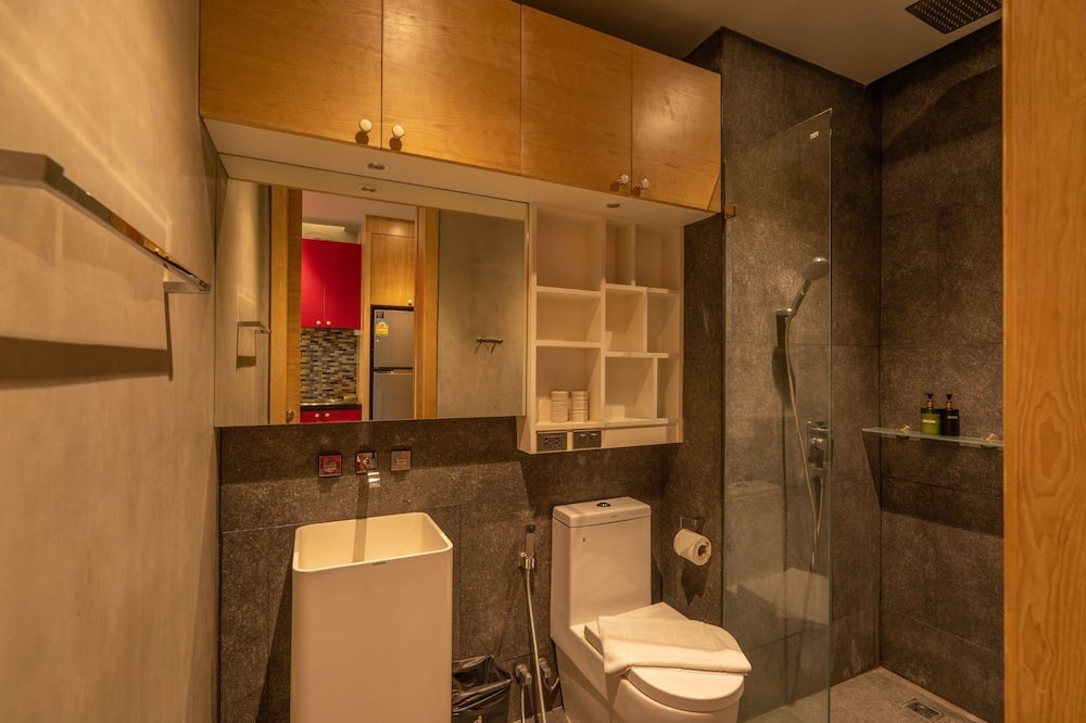 Basic Studio, 1 Double Bed, Non Smoking, Kitchen - Bathroom