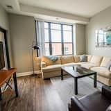 Spacious 3BR Mccormick Place Apt by Domio