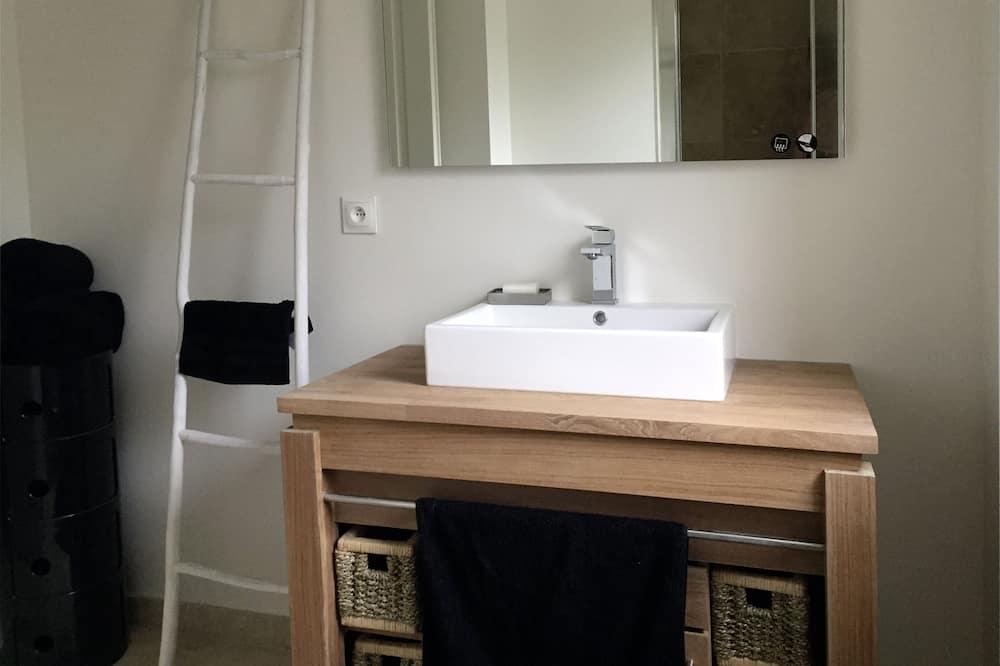 Comfort House, Ensuite, Garden View (Serendip) - Bilik mandi