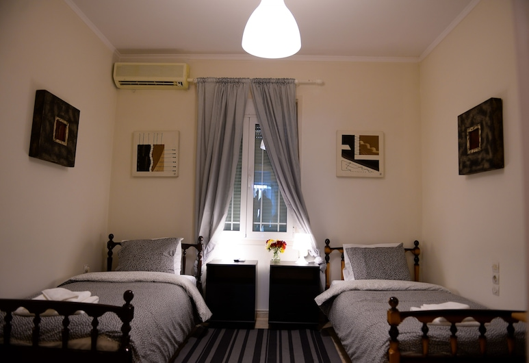 Patras Centre Apartment, Patras, Apartment, Ground Floor, Room