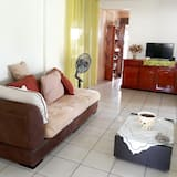 House With 2 Bedrooms in Le François, With Wonderful Mountain View, Enclosed Garden and Wifi - 8 km From the Beach