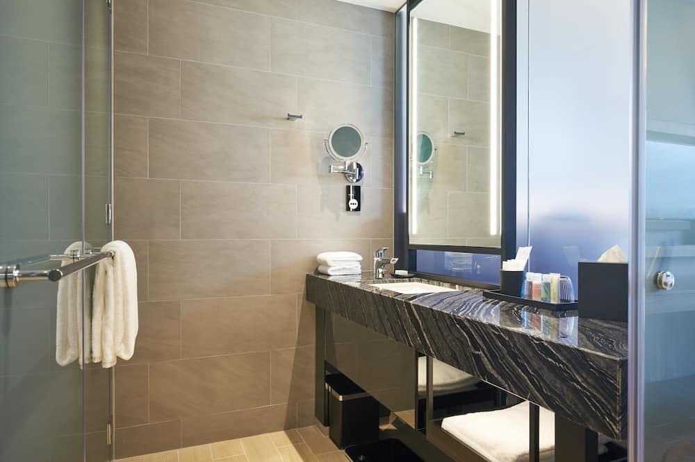 Deluxe-Studio, Kochnische - Badezimmer