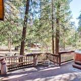Cabane Familiale, 3 chambres (3 Bedrooms) - Bain à remous privé