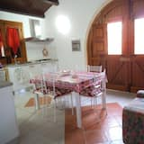 Family Apartment, 2 Bedrooms, Garden View (Casa Ulivo) - In-Room Dining