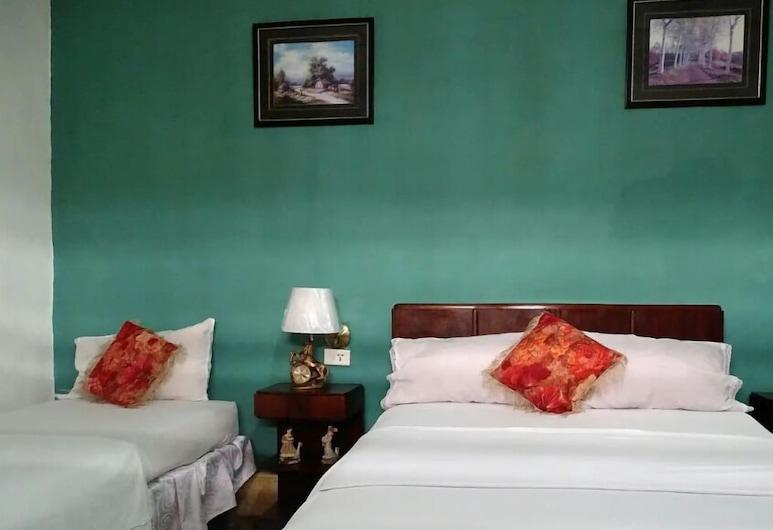 Casa Las Adas, Cienfuegos, Traditional Triple Room, Multiple Beds, Guest Room