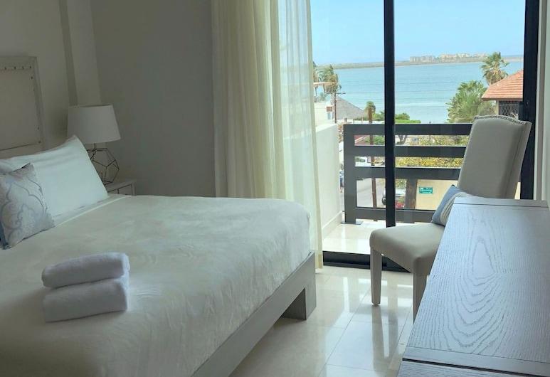 Departamentos San José, La Paz, Departamento, Varias camas, vista parcial al mar, Habitación