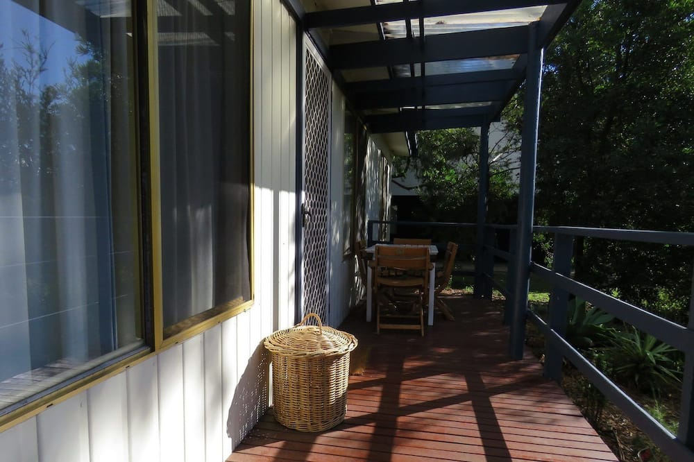 House, 3 Bedrooms (1 Queen, 2 Single, 1 Tri-bunk) - Terrace/Patio