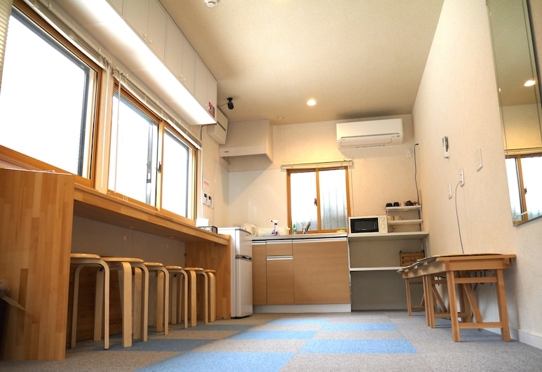 ゲストハウス大阪「天下茶屋駅前館」, 大阪市, 内部エントランス
