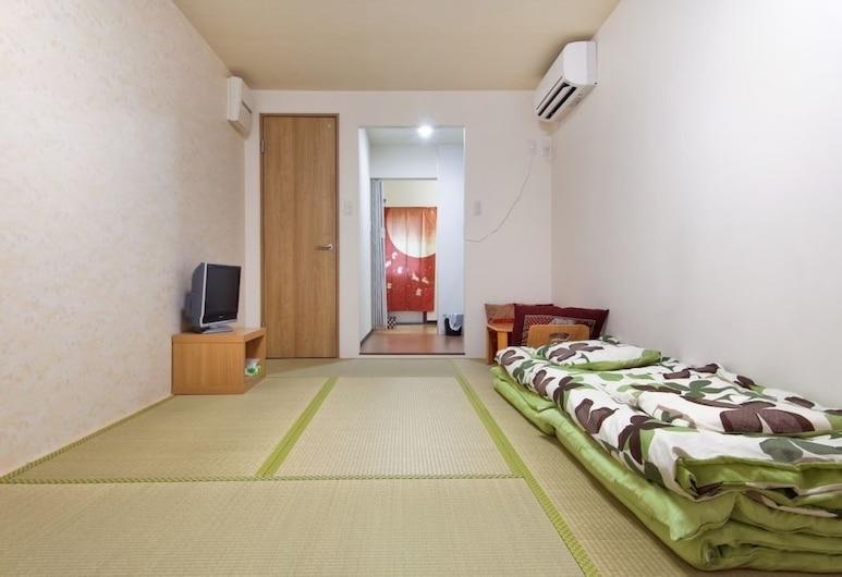 Guesthouse SAYURI 2, Osaka, Apartment, Bilik Tamu