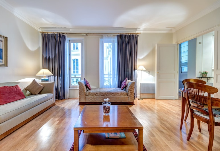 Pelicanstay at Arc de Triomphe, Paris, Leilighet – city, 1 kingsize-seng med sovesofa, balkong, Oppholdsområde