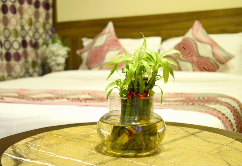 Hotel Neelam Paradise, Jaipur