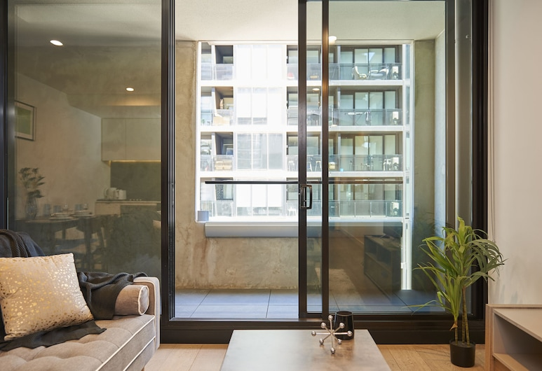 Experience Convenient Inner City Living, South Yarra, Deluxe Apartment, 1 Bedroom, Living Room