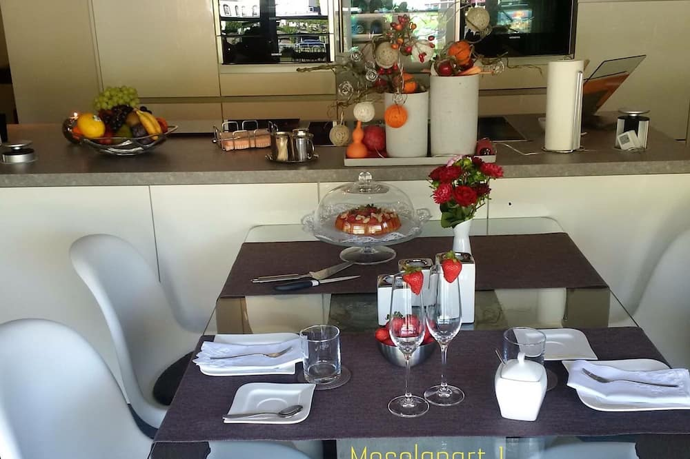 Penthouse Apartment 1, Balcony (incl. Cleaning Fee) - In-Room Dining