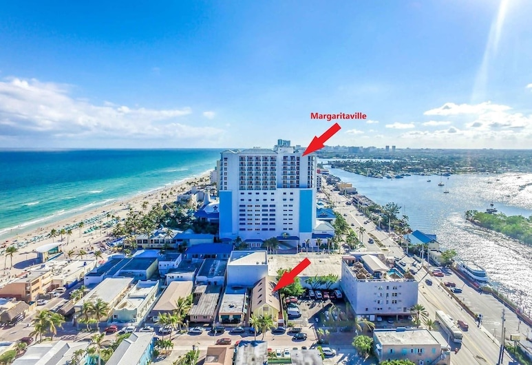 Amazing & Stylish Hobe Loft Cozy Beach Unit # 3, Hollywood, Beach