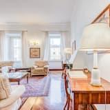 شقة (4 Bedrooms) - منطقة المعيشة